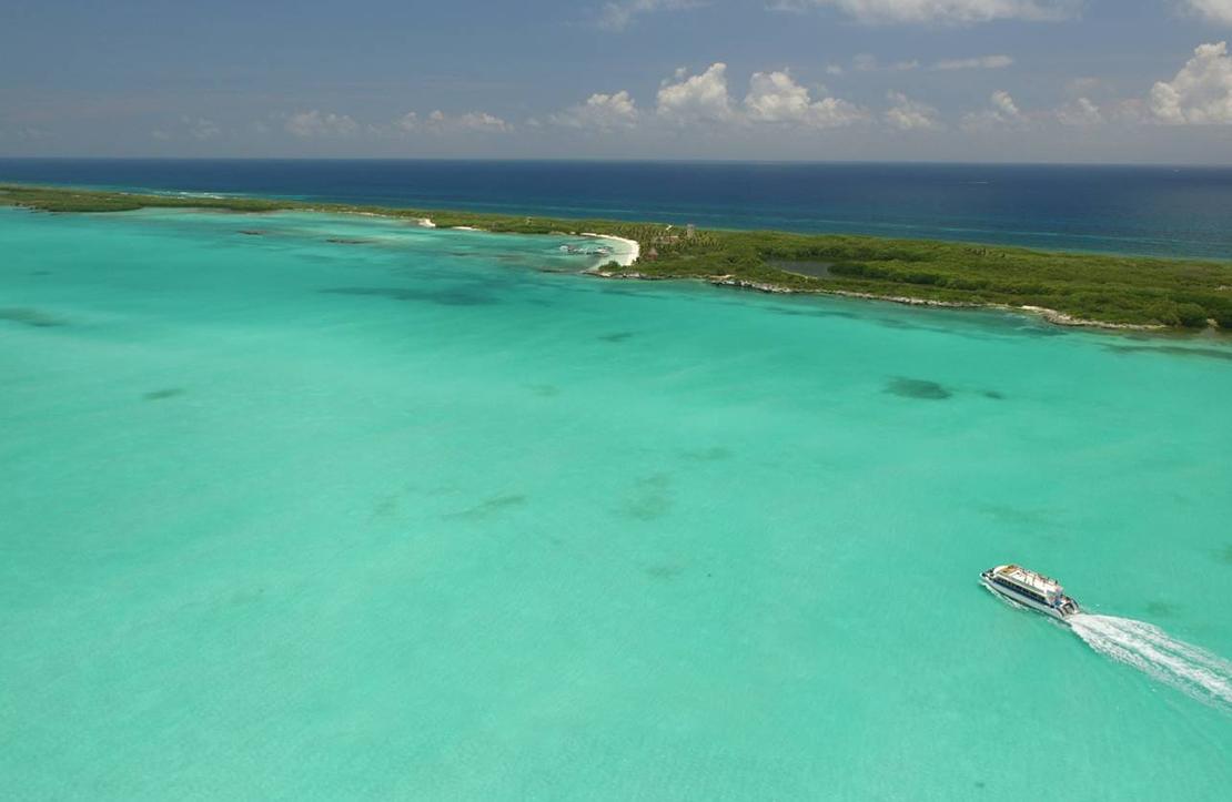 Isla Contoy Tour    Cancun City & Tours