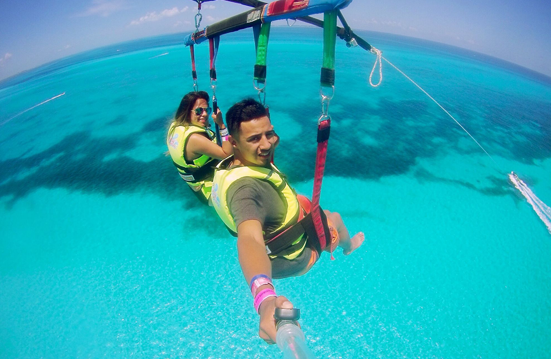 Combo  Fly and Swim    Cancun City & Tours